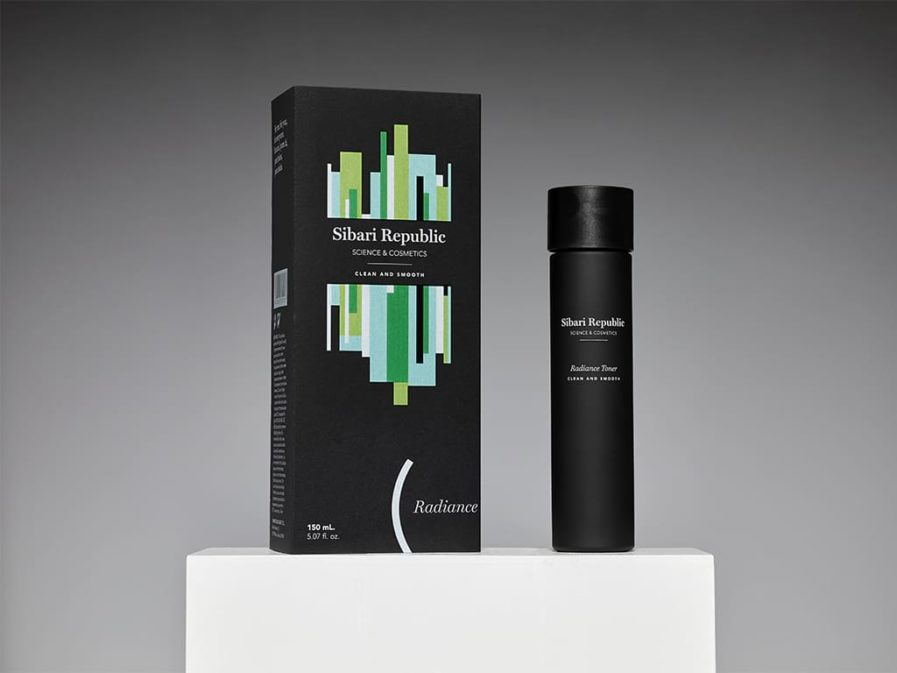 Producto y packaging radiance toner